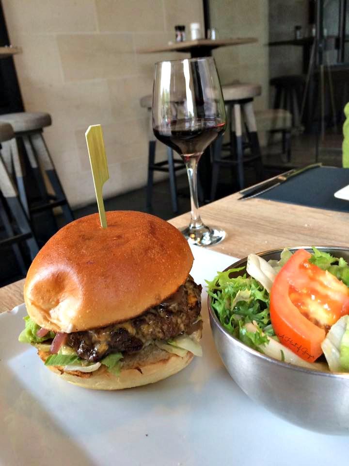 Bordeaux Burger